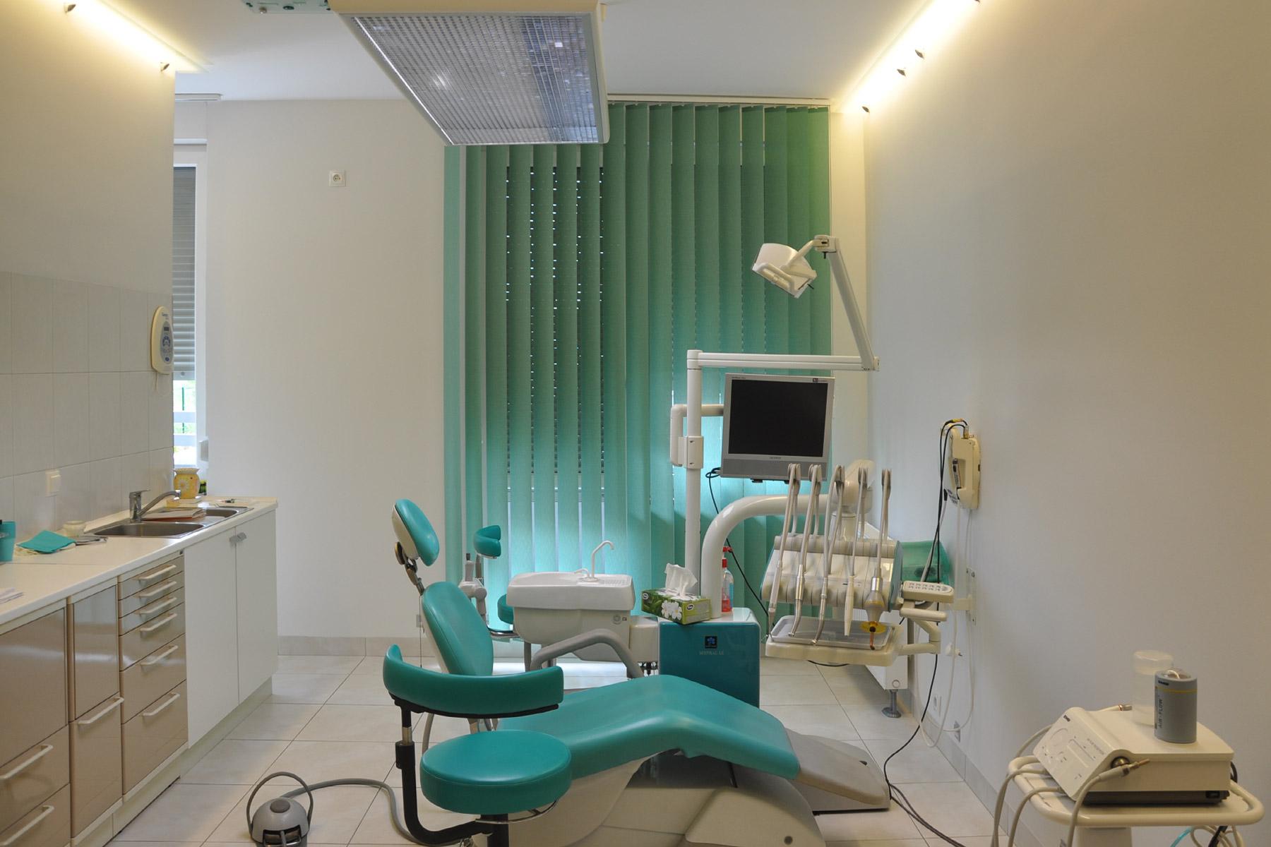 gabinet fotel krzeslo stomatolog